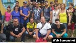 Honduras retiene a 20 cubanos en su frontera con Guatemala