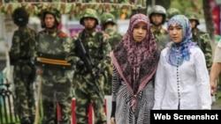 Mujeres musulmanas de la etnia uigur, en China.