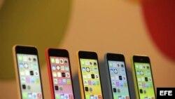 Apple pone a la venta nuevos iphone 5s y 5c