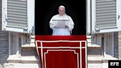 Papa Francisco en su habitual bendición dominical