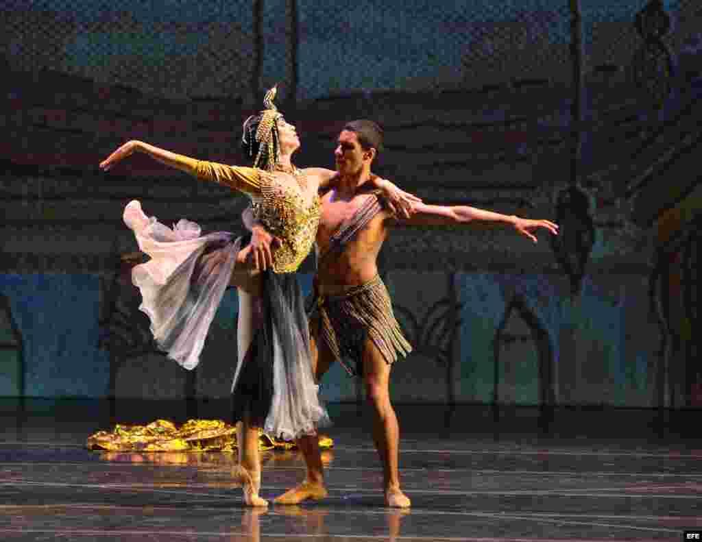 Debutan en Miami siete bailarines cubanos que desertaron en Puerto Rico. E