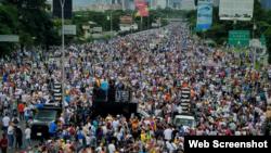 Miles de venezolanos marchan este 1ro.de julio en Caracas para apoyar a la Fiscal General, Luisa Ortega