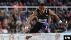 Orlando Ortega gana la carrera de 110 metros vallas el 30 de julio de 2015, en la Liga de Diamante en el Estadio Olímpico en Estocolmo (Suecia).