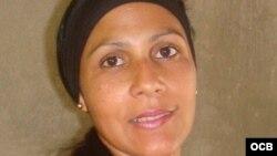 Yusmila Reyna en una foto de municipiosongolamaya.blogspot.com