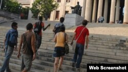 El reto de ser universitario en Cuba