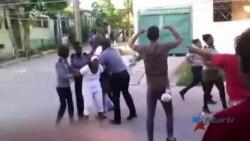 Arrestos y ofensas a Damas de Blanco en otro domingo represivo