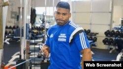 Yuriorkis Gamboa, pugilista cubano de 38 años de edad. Excampeón del mundo.