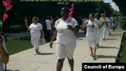 Damas de blanco unidas este Viernes Santo por el amor a Dios