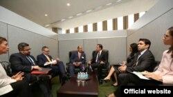 Reunión entre los presidentes de Panamá y Costa Rica para abordar crisis migratoria en la región
