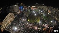 Fotografía general de la Plaza de Mayo durante una manifestación opositora al gobierno de Cristina Fernández el jueves 13 de septiembre de 2012.