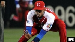 Héctor Olivera, segunda base.