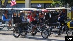 Más restricciones al transporte público en Cuba