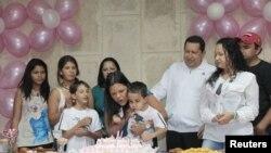 El presidente venezolano celebra el cumpleaños de su hija María Gabriela en La Habana