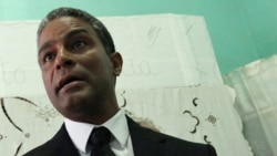 Biscet denuncia vigilancia sobre activistas de Boyeros