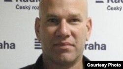 Reconocido periodista independiente acusado de un supuesto delito común