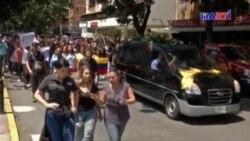 Los venezolanos no creen que Albán se suicidara: responsabilizan a Maduro