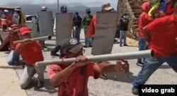 """""""Tenemos que estar listos, rodilla en tierra"""", dijo Marisel Velásquez, la alcaldesa del municipio de Díaz, en el estado de Nueva Esparta."""