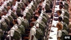 ARCHIVO. Médicos cubanos listos para salir en misión.