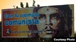 Cartel promoviendo el comunismo en Cuba.