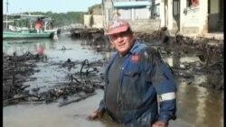 Derrame de petróleo en aguas de Cienfuegos afecta a pescadores y vecinos