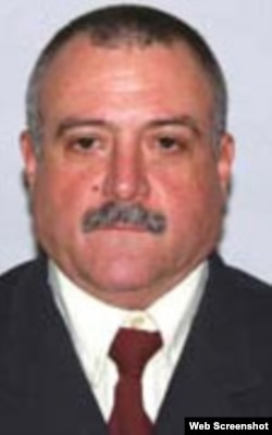 Fidel Pérez Luzbert