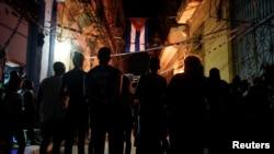 Cubanos en una reunión del CDR en septiembre de 2019. REUTERS/Alexandre Meneghini