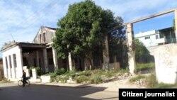 Edificio derrumbado, en Bejucal. Foto: Misael Aguilar.
