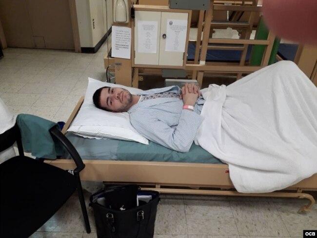 """""""Me partía el alma verlo retorcido en el piso por los dolores abdominales y yo sin poder hacer nada"""", cuenta Yaquelín sobre los padecimientos de Cuco antes de ser atendido en el Comfort."""