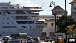 Vista del crucero inglés Thomson Dream. Archivo.