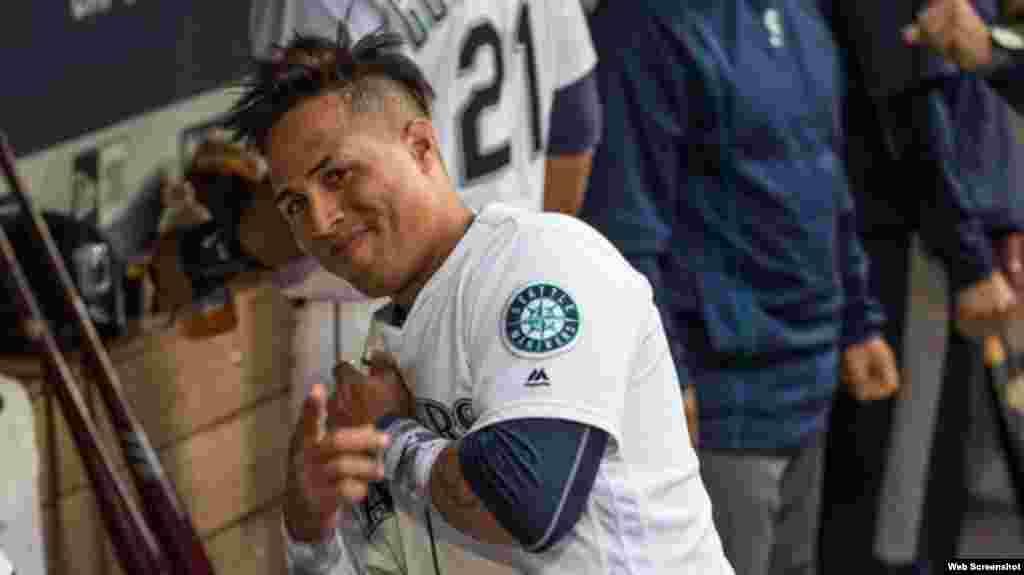 El jardinero central de los Marineros de Seattle, el villaclareño Leonys Martín, bateó para .333 (9 hits en 27 turnos), con 3 carreras impulsadas, 5 anotadas, 3 bases por bolas y 8 ponches, en los últimos 7 juegos de la temporada 2016 de las Grandes Ligas..