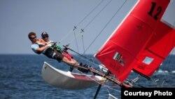 Un catamarán de la misma clase en la que se desarrollará la regata Habana Challenge. Foto: Iboats.