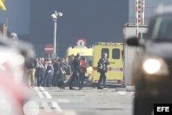 Confirman al menos 28 muertos y 35 heridos en los atentados de Bruselas.