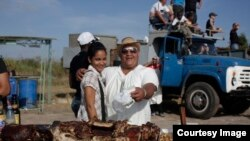 Escena de la vida cotidiana en Cuba, siempre un motivo para grabar.