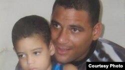 Enmanuel Abreu Sánchez, condenado a 12 años de cárcel. En huelga de hambre hace los 89 días.