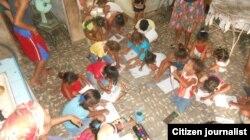 Reporta Cuba. Niños en Bayamo. Foto: FLAMUR.