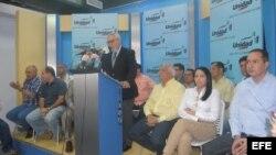 Archivo - La Mesa de Unidad Democrática (MUD) el 2 de enero de 2013, en conferencia de prensa en Caracas (Venezuela)