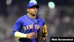 Yoenis Céspedes vistió el uniforme de los Mets de Nueva York la temporada pasada. Firmó con el equipo el 31 de julio de 2015.