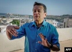 El jefe negociador del ELN en La Habana, Pablo Beltrán