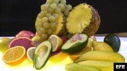 El consumo de frutas con vitaminas, sigue siendo recomendable.