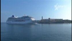 El Adonia llega a La Habana