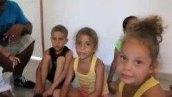 Niños migrantes cubanos en Panamá