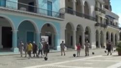 ¿Qué opina el turista sobre la población cubana?