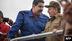 Nicolás Maduro y Raúl Castro en La Habana.