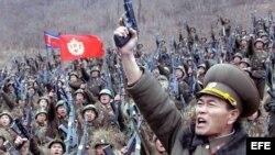 """Ejército norcoreano dice estar """"completamente preparado para luchar en el frente contra Corea del Sur y Estados Unidos""""."""