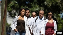 La subida salarial que beneficiará desde junio al sector sanitario de la isla sigue generando debate entre los médicos.