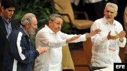 Raúl Castro en la clausura del VI Congreso del PCC en La Habana.