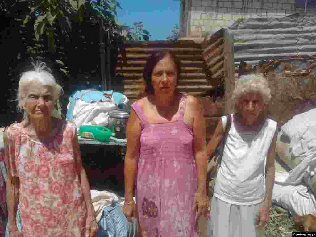 Hortensia Alfonso Vega fue desalojada junto a sus familiares.
