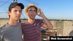 Maykel Gónzalez Vivero y Carlos Alejandro Rodríguez. (Captura de imagen/Washington Blade)