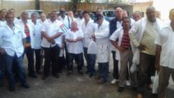 """El PP pide investigar """"esclavitud"""" de médicos cubanos"""