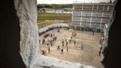 Familia de presos alertan sobre riesgo de contraer coronavirus en las cárceles